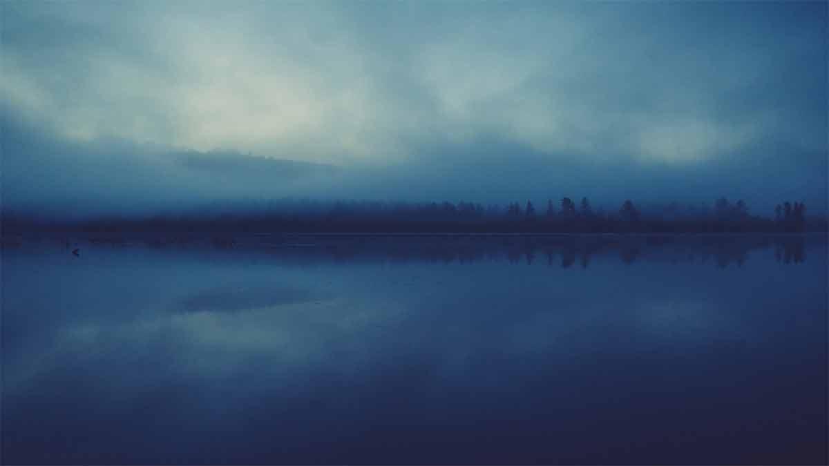 lago_nebbia